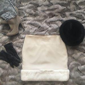 TOPSHOP Faux Fur Trimmed Mini Skirt / Sz 10